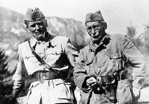 Moša Pijade (1890-1957), Photo with Tito during WW2