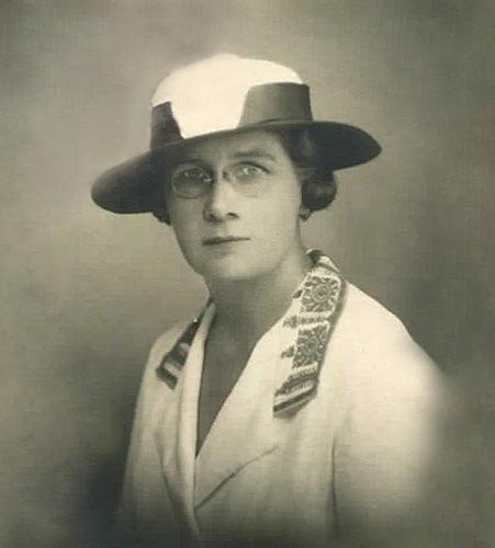 Фотографија од уметникот, 1930